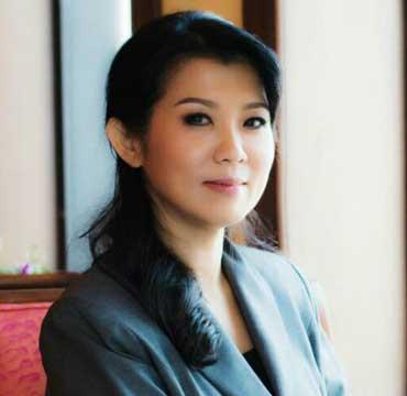 0--Natasha-Stewart---Thai-Auditor