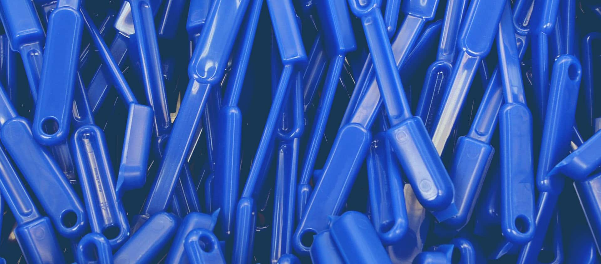 Manufacturing plastic products from recycled plastic